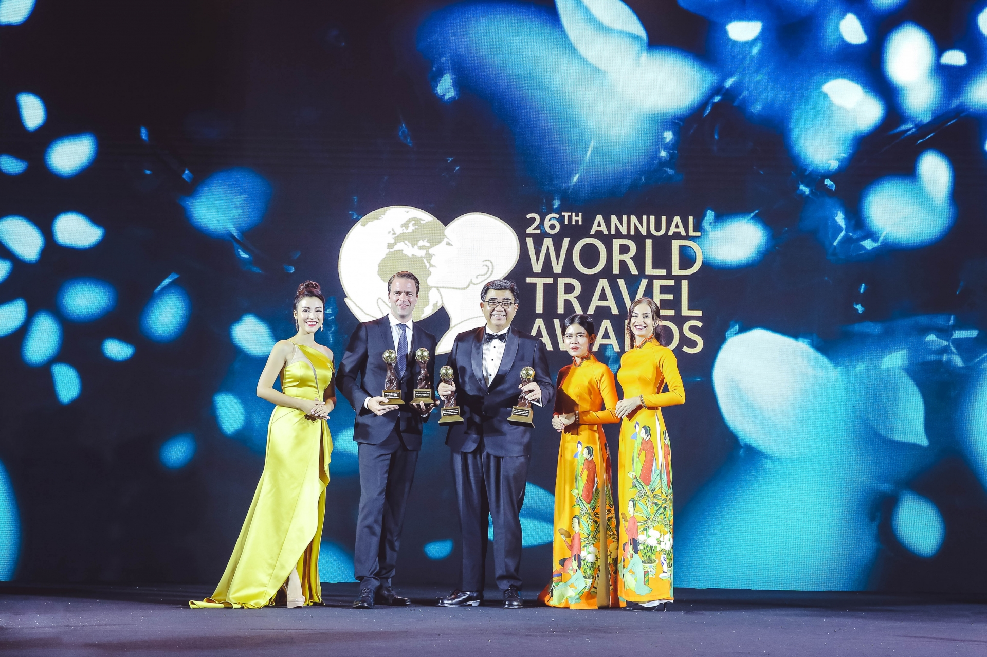 intercontinental saigon recognised as vietnams leading conference hotel 2019