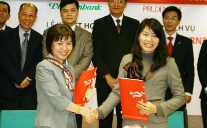 prudential vietnam allies with vietcombank