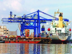 seaports are busy on first day of 2013