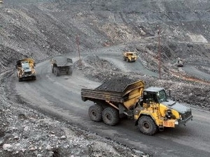 vinacomin urged to sell down coal stockpiles