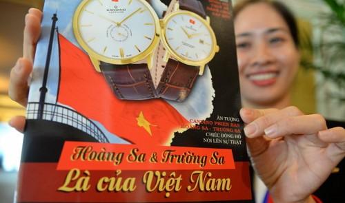 Swiss brand says Hoang Sa, Truong Sa 'belong to Vietnam' on watches