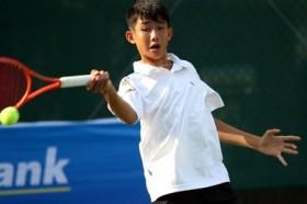Phuong wins Asian tennis championship title