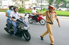 Police move gingerly on new law
