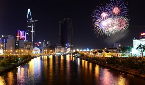 Big Vietnamese cities ready to count down to 2016