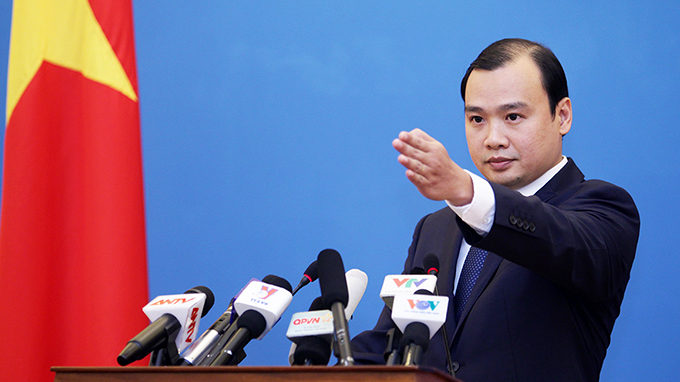 VN demands China immediately stop sending rockets to Paracel islands