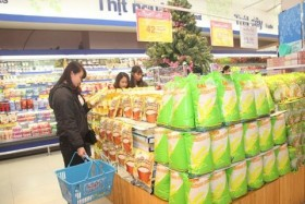 Local retailers must sell superior products to dominate market