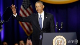 Obama warns of democratic test in farewell address