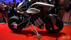 yamaha motorcycle comes on command at ces event
