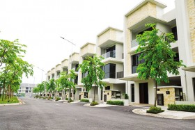 subdivision of villas as high end market downsizes