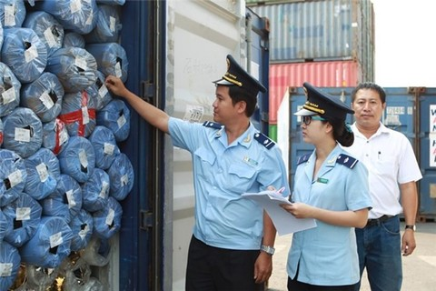 hcmc aims to halve customs clearance time