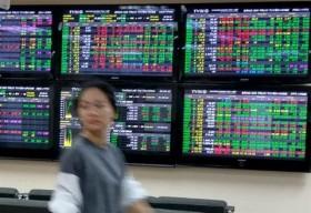 finance stocks push the vn index upwards