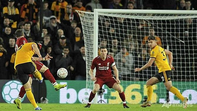 liverpool dumped out of fa cup by wolves
