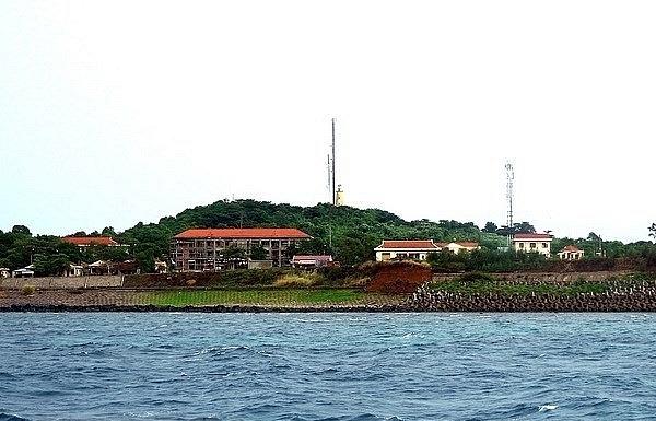 quang tri focuses on sea island tourism