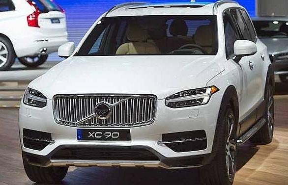 volvo recalls over 200000 cars to fix fuel leak issue
