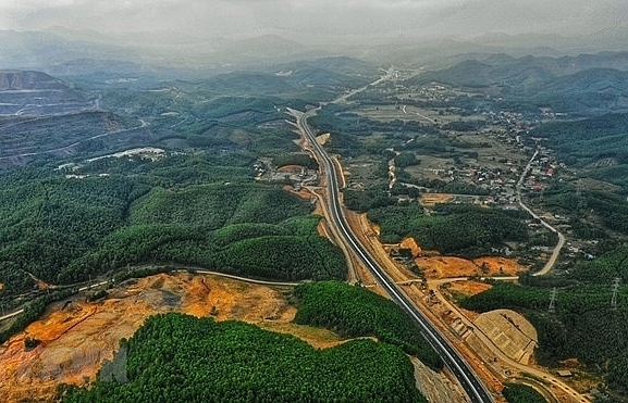 ha long van don expressway to officially open on february 1