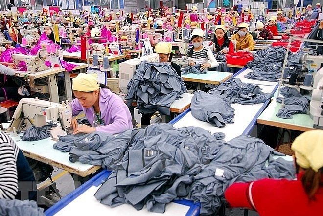 hanoi focuses on large scale firms in fdi attraction strategy