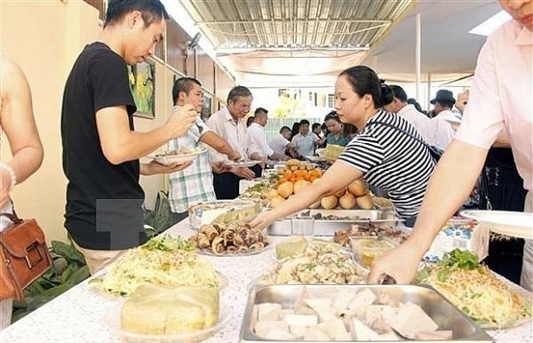 vietnamese communities in czech republic angola celebrate new year
