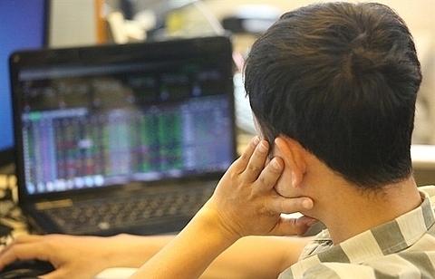 global news pre tet sentiment key to vn stocks