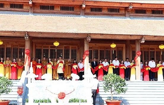 truc lam zen monastery inaugurated in soc trang province