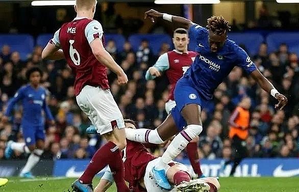 chelsea will bring beautiful football to stamford bridge says abraham