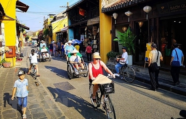 indian tourists to vietnam increase