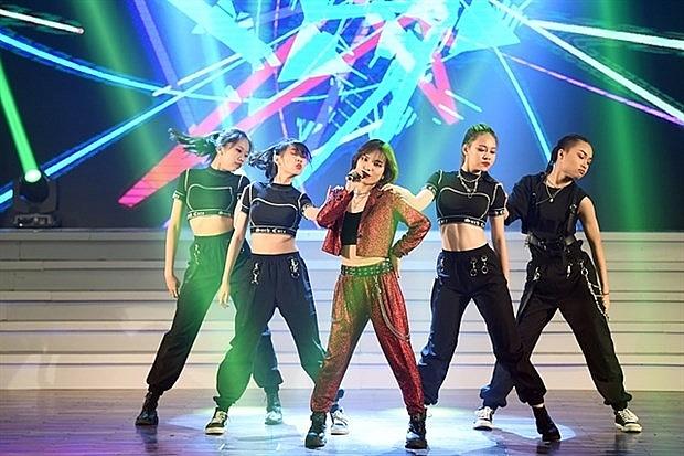 young vietnamese singer wins k pop contest in hanoi