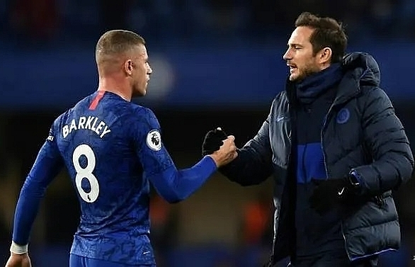 barkley will stay with chelsea says lampard