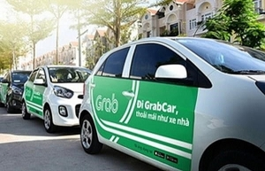 grab cars must have taxi light box or logo