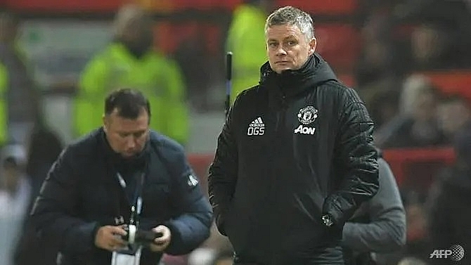 manchester united cant use pitch as an excuse in fa cup tie says tranmere boss