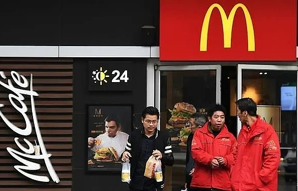 mcdonalds closes all branches in virus hit chinese province