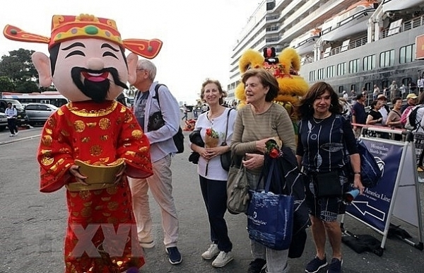 foreign arrivals to vietnam surge 328 percent in january