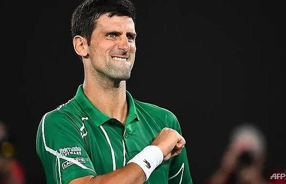 djokovic powers past federer into australian open final