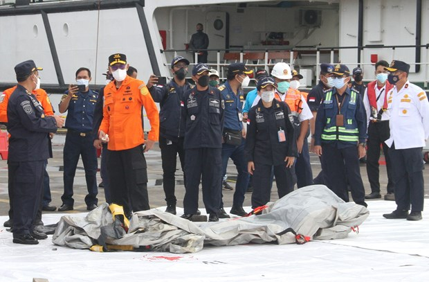indonesian president expresses condolences to families of plane crash victims