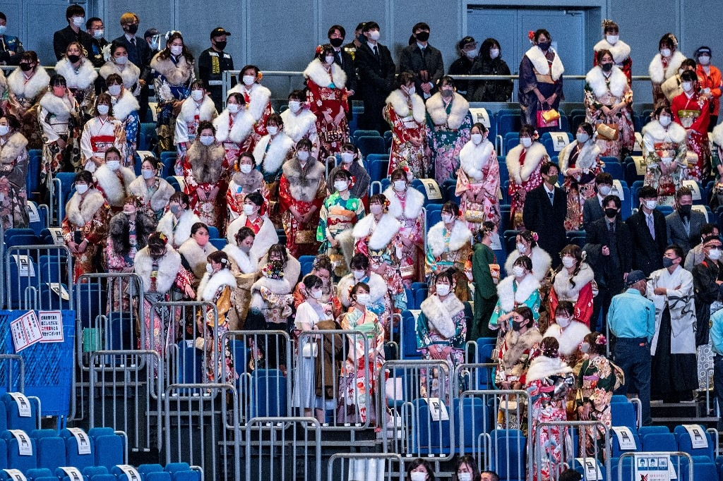 thousands gather for japan coming of age day despite virus surge