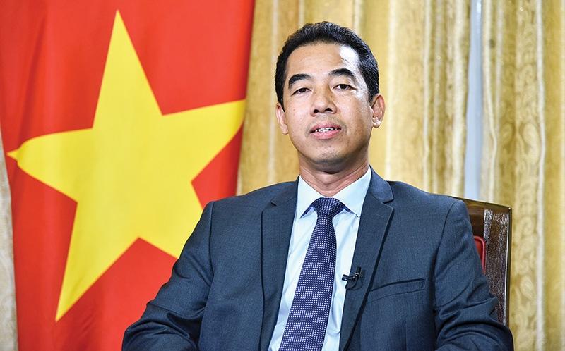 1526 p8 door swings open for further eu vietnam development