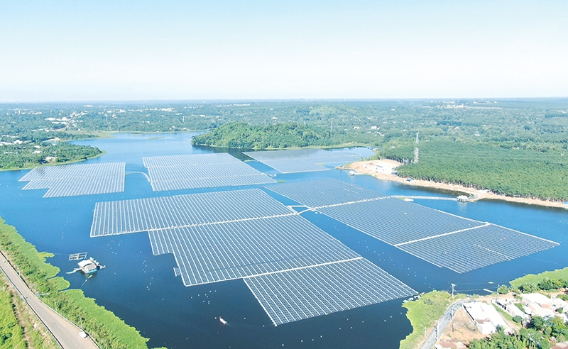 1527 p8 abb supporting regions biggest floating solar complex