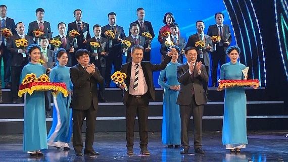 qui phuc receives vietnam value award 2020