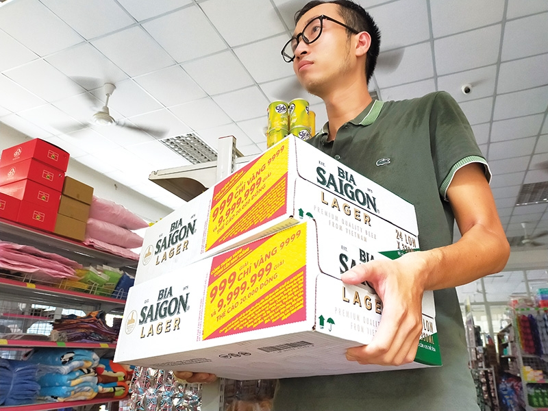 1528 p14 net tightens on fake goods scammers