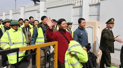 907 vietnamese workers return home from libya updated