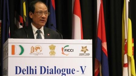 vietnam attends fifth india asean dialogue