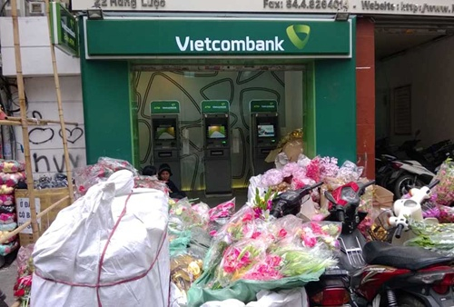 city atms run out of money