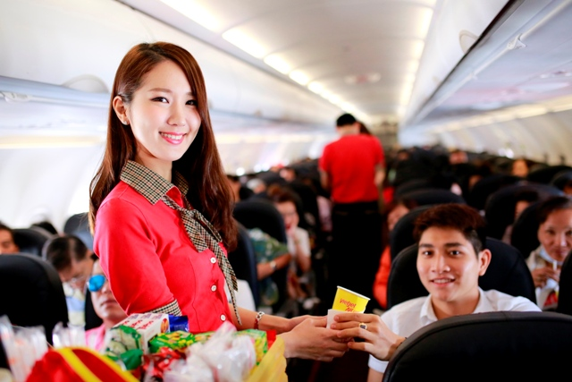 Foreign investors show interest, will Vietjet's shares fly high?