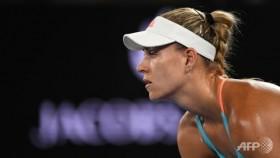 Kerber into Dubai semis, stays on target for top spot
