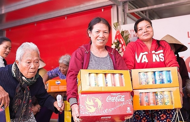 tet of love with new ekocenters in central vietnam