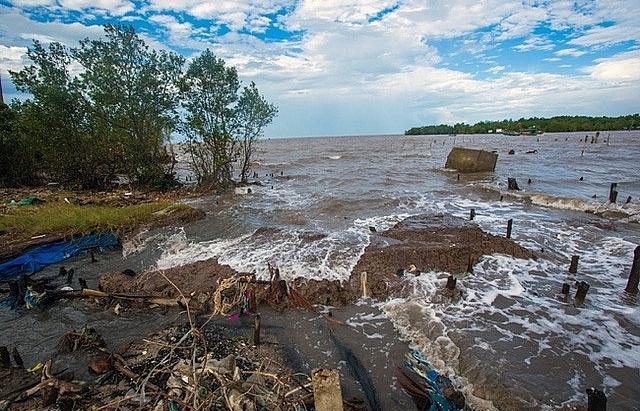 Sediment loss in Mekong River killing southern delta