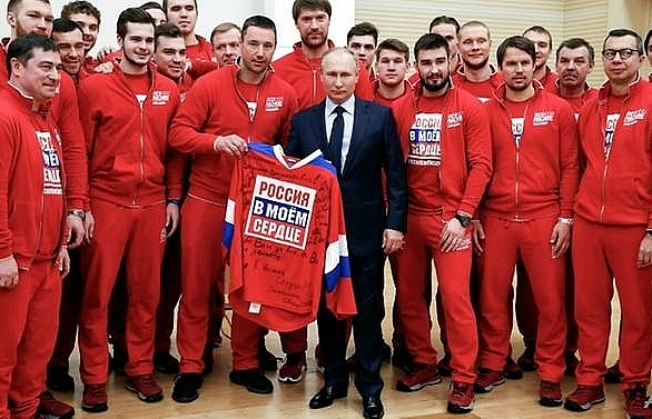 sports court lifts life bans of 28 russians accused of doping