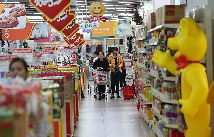traditional lunar new year shopping in southeast asia moves online