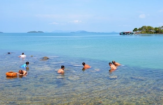 the charming beauty of hai tac archipelago
