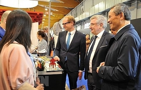 viet nams culture tourist sites introduced at brussels holiday fair