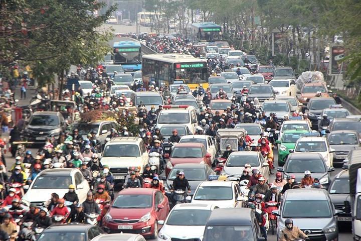 hanoi hcm city streets gridlocked as tet arrives